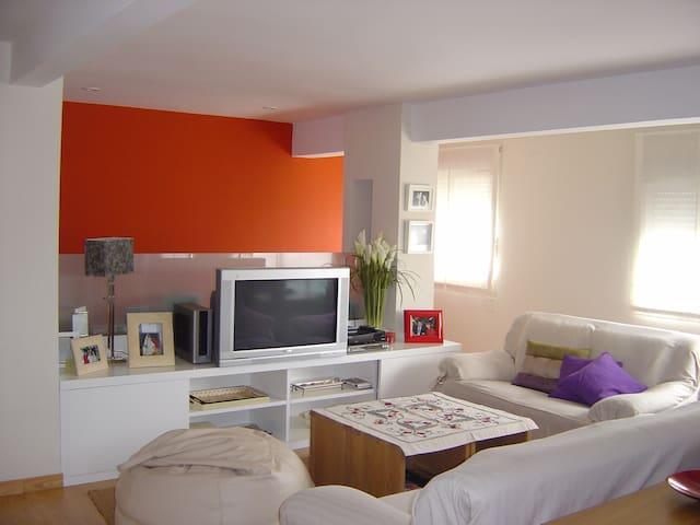 Habitación en piso compartido LARGA ESTANCIA