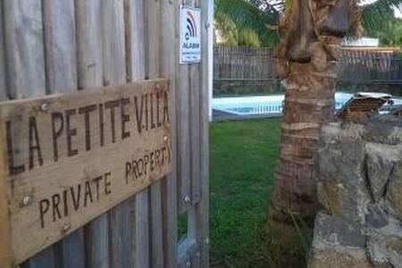 LA PETITE VILLA ® - Villa