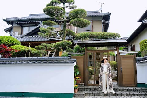 [Dazaiyuan] 5 minutes by car from Dazaifu Tenmangu! You can rent out an entire Japanese house in a pure Japanese style! The place can accommodate up to 12 people!