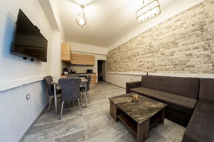 Sofia Downtown Life Apartment
