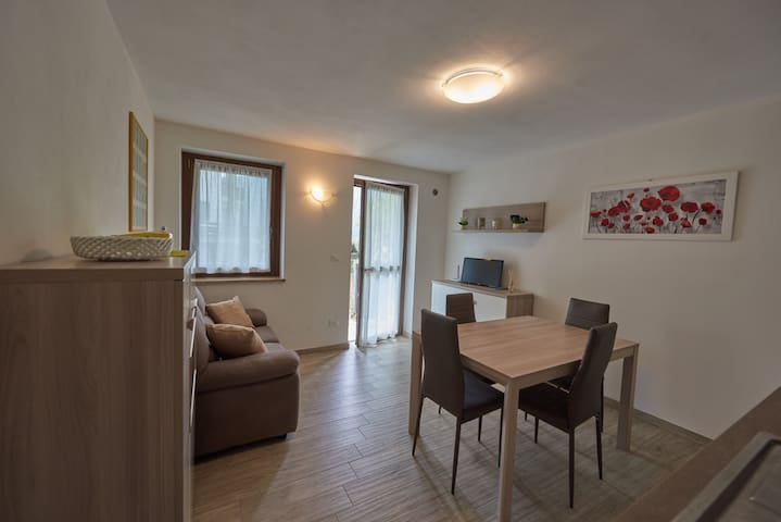 Appartement Deux Pièces à Châtillon -Maison Yvonne