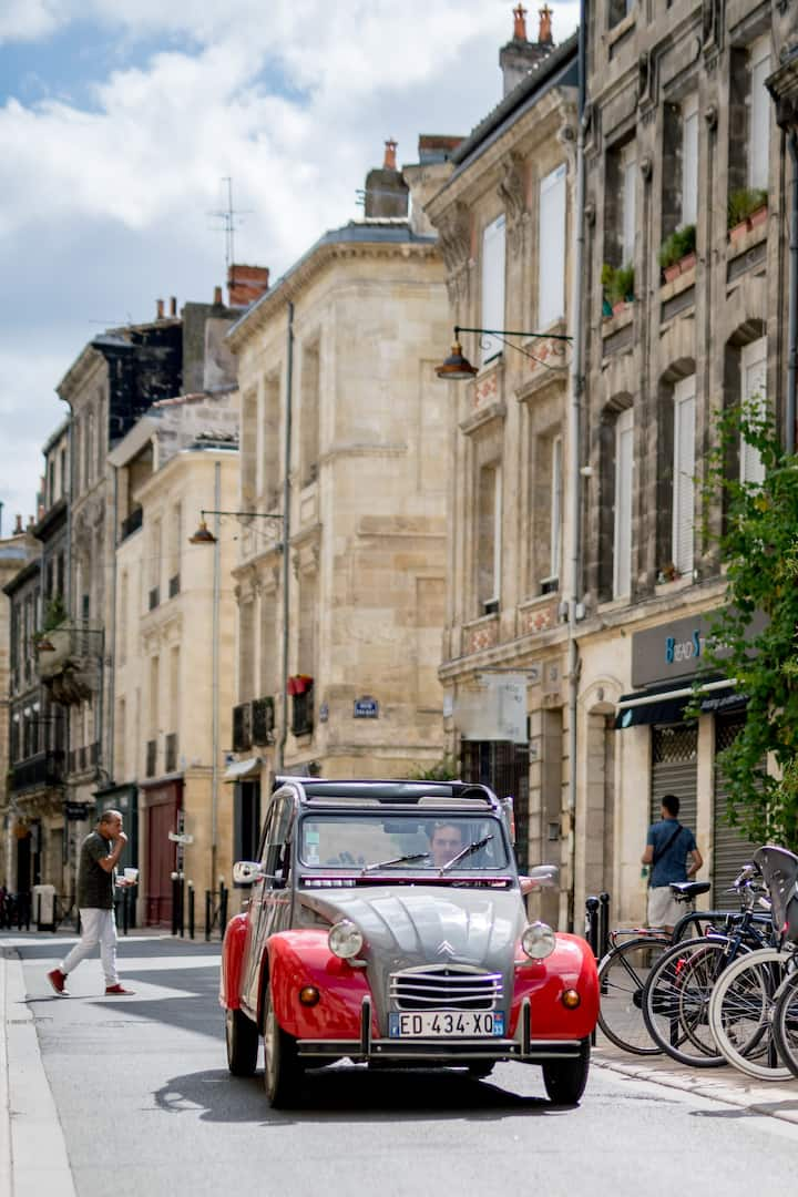 2CV Tour of Bordeaux