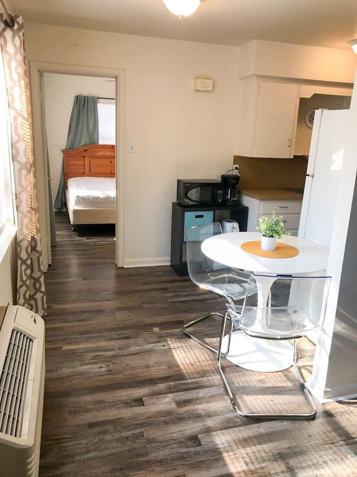 Midtown Suites 503