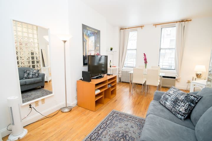 1Bed Beauty in Midtown East