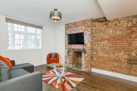 ✮✮✮✮✮ The Best Apartment ✮✮✮✮✮✮ - Staines-upon-Thames - 公寓