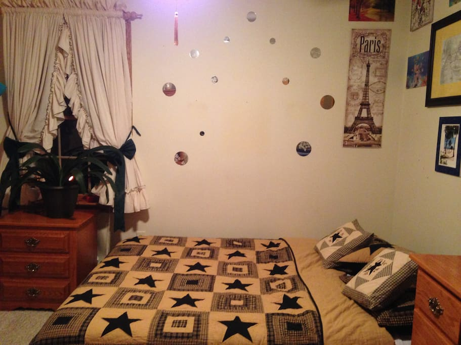 Room For Rent E