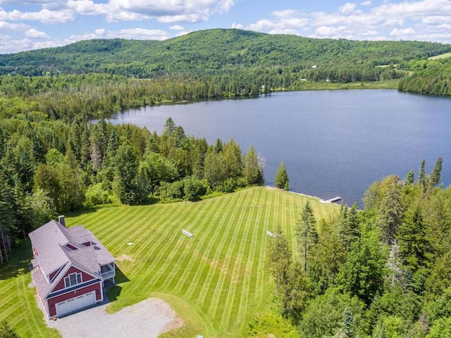 Private All-Season Waterfront Retreat on 55 Acres