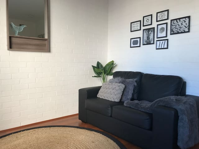 M106 West Perth best location close to City