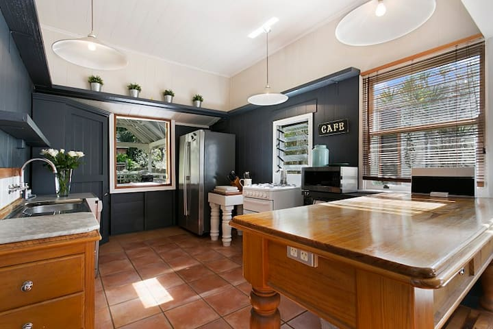 Gorgeous Colonial in Paddington