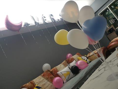 『景怡民宿』兰花城|南大街|人名广场【两居】娱乐购物巨方便+超大舒适沙发+巨幕投影(节日可定制)