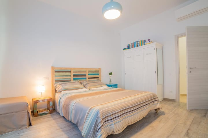"New b&b in Porto Recanati, Bedroom ""Cielo"""