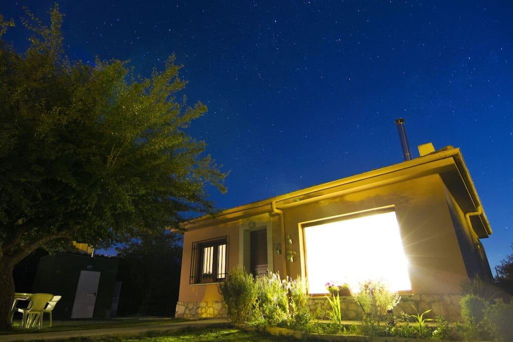 Casa Noche