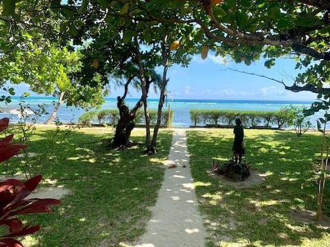 Private Beachfront Villa with stunning views