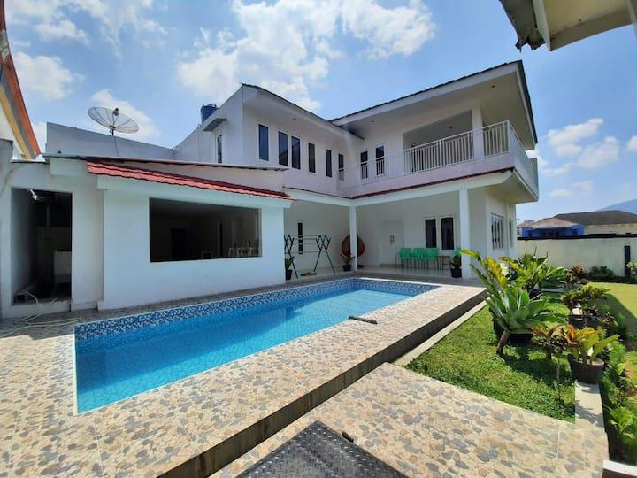 Villa Dhafa Tugu