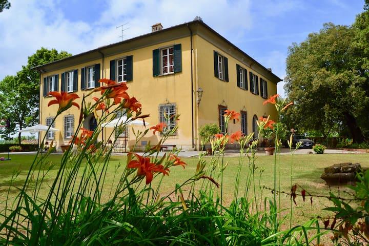 Villa Guardavalle