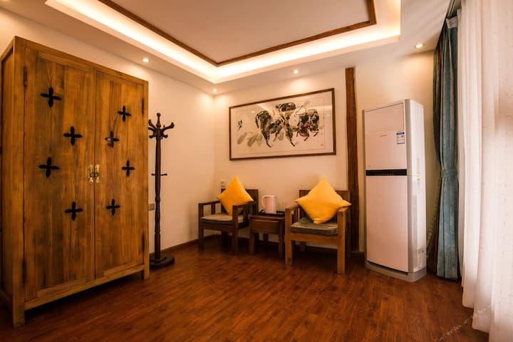 温馨大床房·丽江古城狮子山·高端民宿·免费私人订制行程·可观景·可做饭
