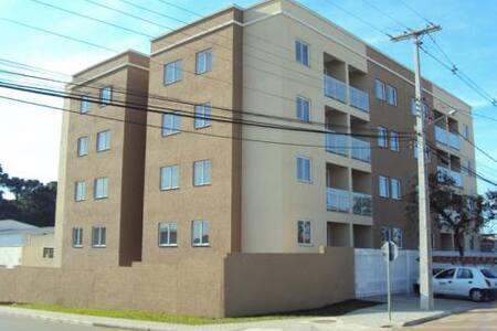 Lindo apartamento novo e aconchegante com sacada!! - São José dos Pinhais - Apartment