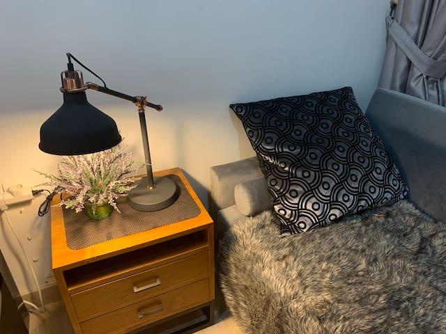 Fresh studio w/ superfast wifi, homey & Monas view