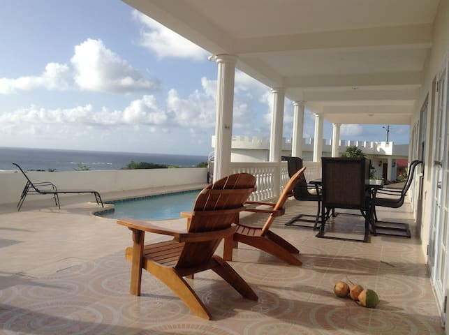 Private, new, luxurious, heated pool, AC, cook - Vieux Fort - Villa