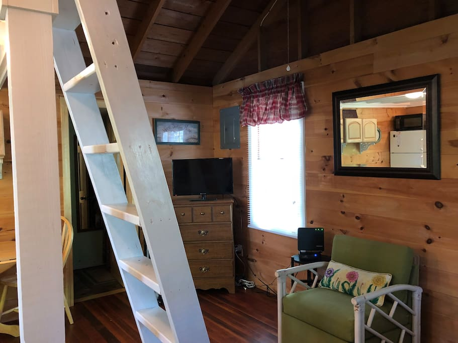 Ladder to loft/with double bed.