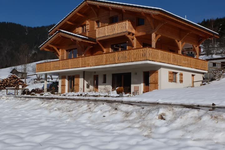 The luxurious La Gentiane chalet and four minutes from the village of Saint Jean dAulps.