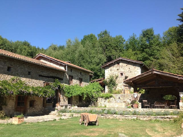 L'Instant Rêvé /Marat - Puy de Dôme - Marat - Guesthouse