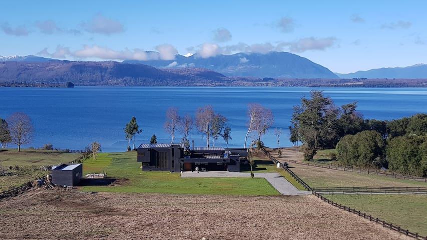 Casa playa privada lago Calafquen