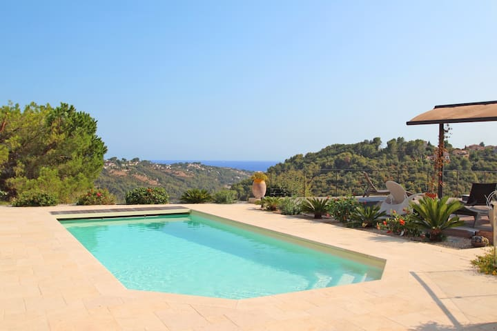 Beautiful Cote d'Azur house or individual rooms.