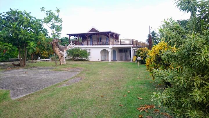 Bienvenue dans la superbe Villa Dostaly