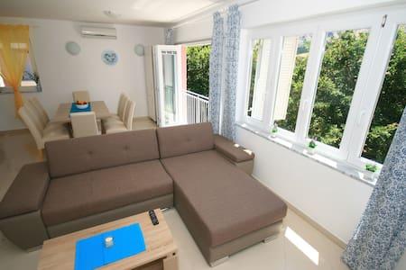 Beautiful  new 4* apt  Mimoza 5  Baška, Krk - Apartment