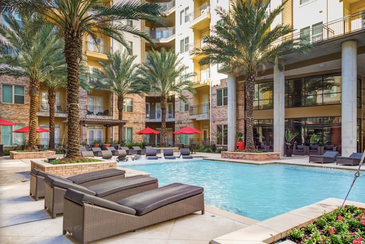 Beautiful 1 Bedroom Apartment *MED CENTER*