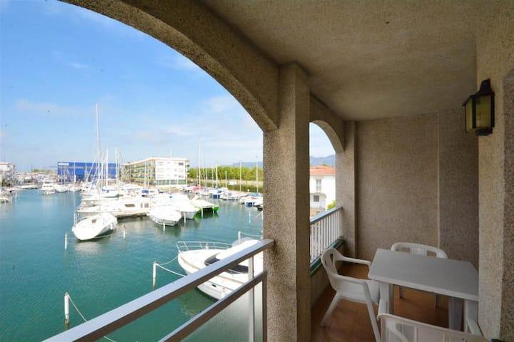 Xixu - Apartamento sobre canal a 50m de la playa