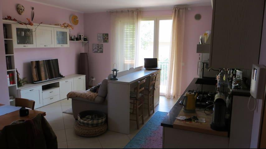 Stanza singola, 12 km da Rimini - Villa Verucchio - Apartemen