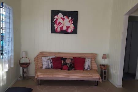 Fijian Hospitality - private room - Suva