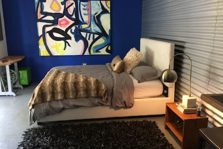 Luxury art and surf apartment - Isabela