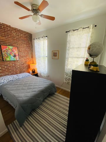 Comfortable 2 bedroom apt in Times Square 5ppl