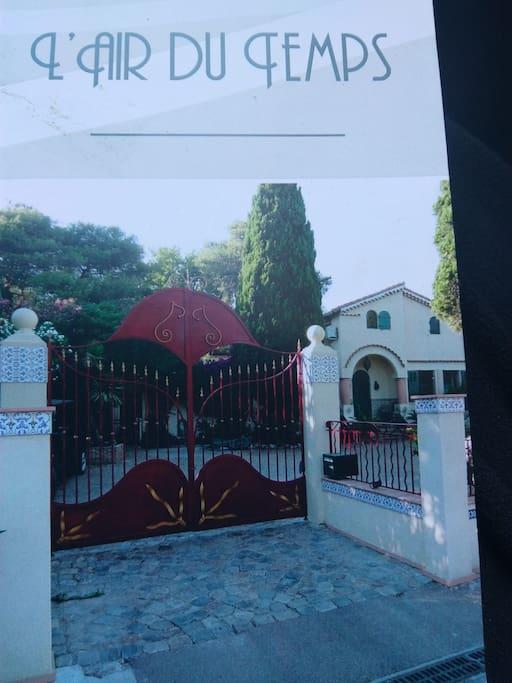 Nr 7 chambre lit double rez jardin villas louer la - Chambre d hotes la croix valmer ...