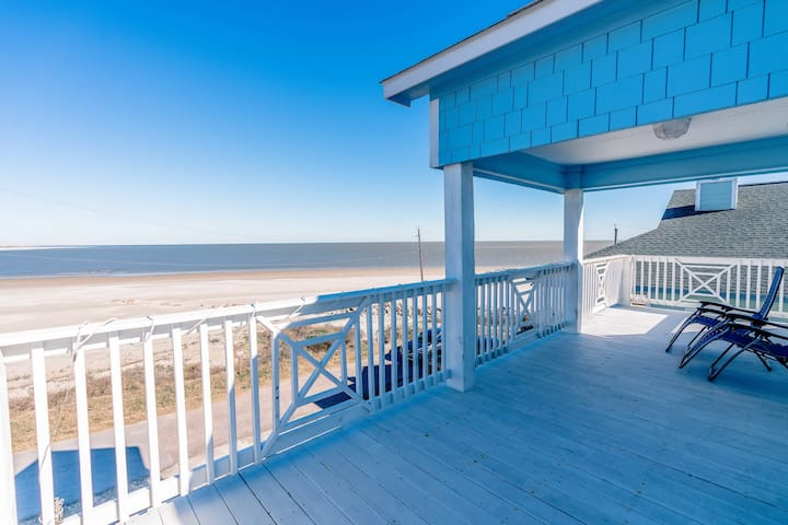 Great beach views and just steps to the sand.