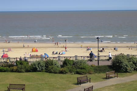 Seaside apartment with great sea view - Lowestoft - Apartment - 1
