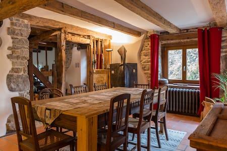 Chambre dans maison alsacienne - Riedisheim