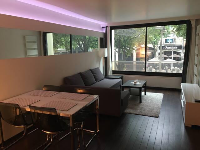 Duplex 54m2 hyper Centre Reims super équipé
