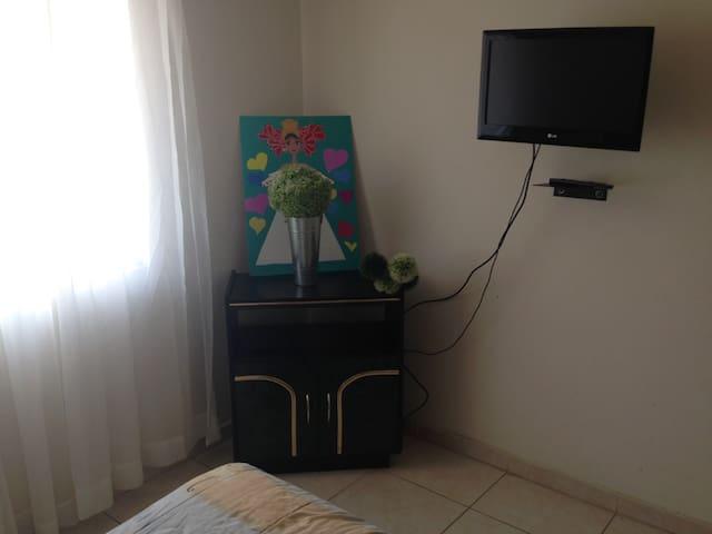 Cómoda Habitación Zona Minerva Guadalajara.