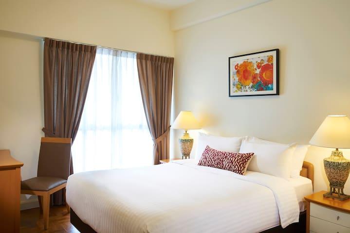 Serene 3 Bedroom Apartment in Northeast Singapore