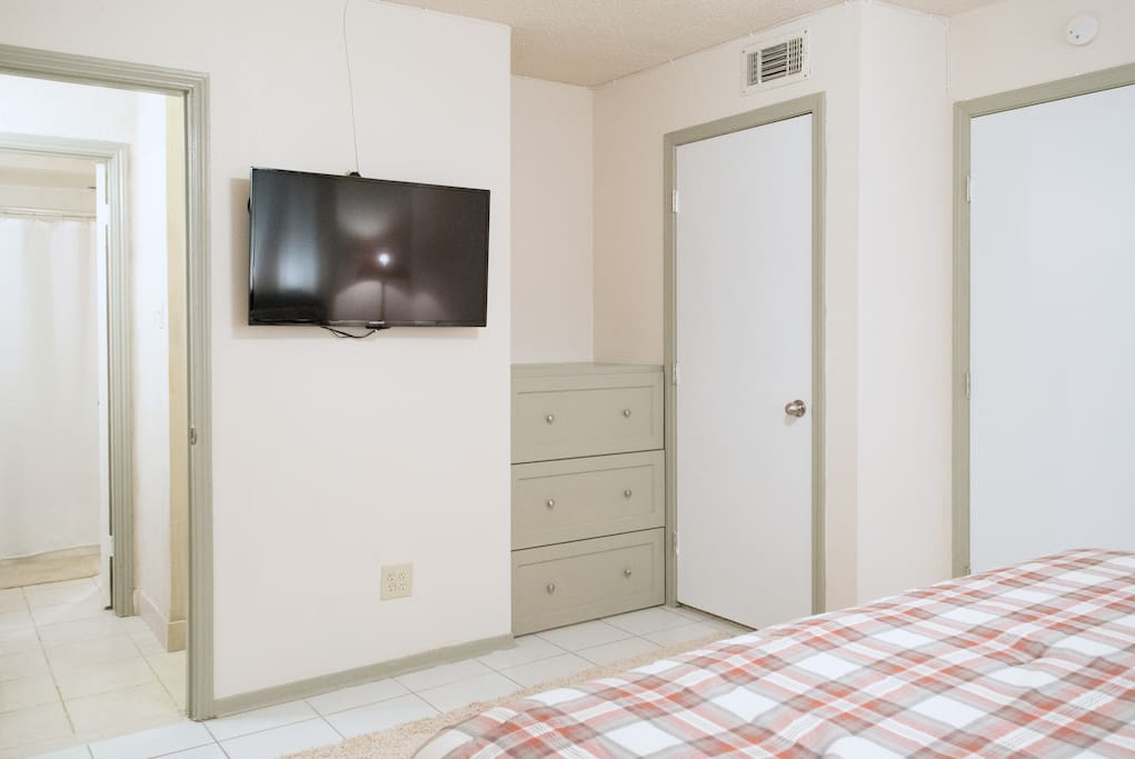 Built in dresser and Flat screen TV with cable in Master bedroom.