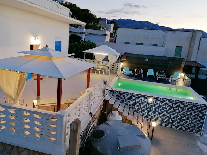 Apartment with 2 bedrooms in Provincia di Trapani, with shared pool, furnished terrace and WiFi - 200 m from the beach