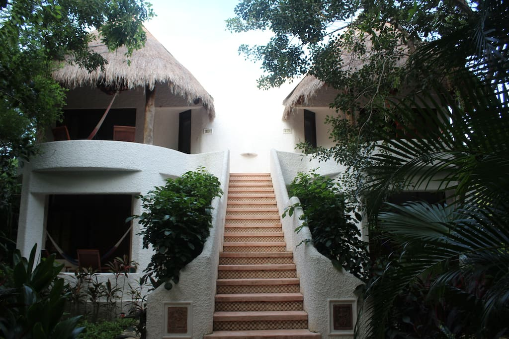 We have 10 Duplex villas for groups of up to 25 guests.