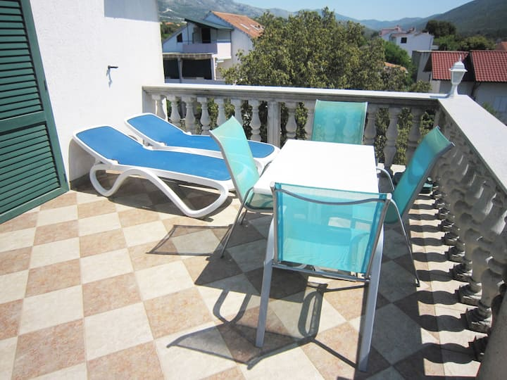 Apartment near the beach with terrace and view!