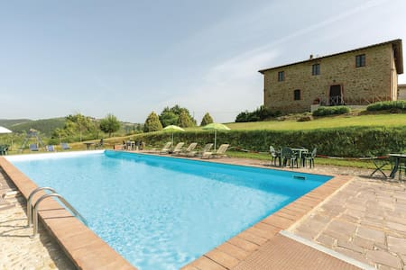 Holiday apartment with 2 bedrooms on 75m² in S.Vito In Monte TR
