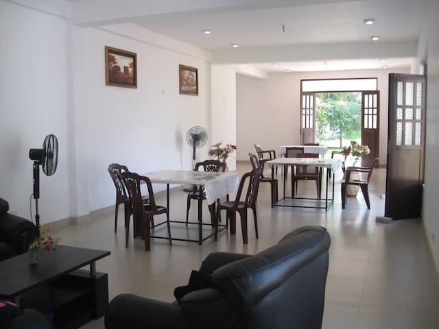 Miheen Hotel - Anuradhapura - Appartement
