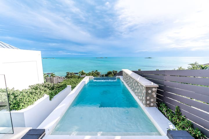 Modern Beachfront 2 bed 2 bath with pool and view